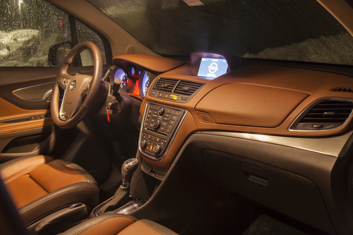 Opel_Mokka_0004.jpg