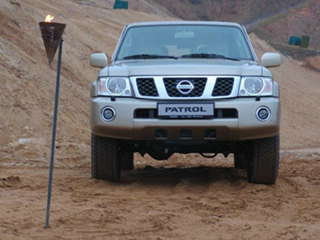 Nissan patrol 4800 фото